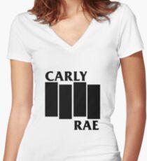 Camiseta entallada de cuello en V Bandera negra de Carly Rae