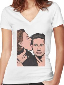 Mulder and Scully X Files Women's Fitted V-Neck T-Shirt