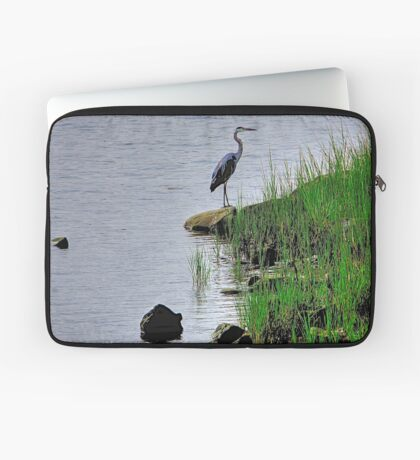 Heron on the shore Laptop Sleeve