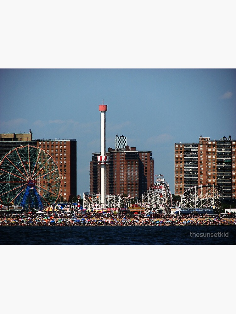 Coney Island Beach by thesunsetkid