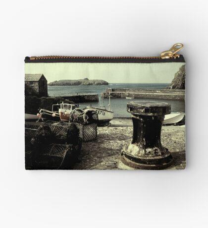 The Harbour Zipper Pouch