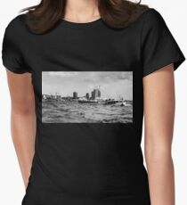 hamburger hafen 02 Women's Fitted T-Shirt