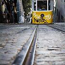 Straßenbahn in Lissabon von Cyberchamaeleon