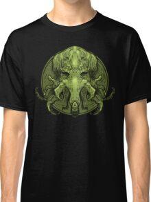 Cthulhu Medallion Classic T-Shirt