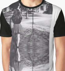 point Graphic T-Shirt