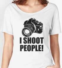I Shoot People T-Shirt Funny Photographer TEE Camera Photography Digital Photo Women's Relaxed Fit T-Shirt