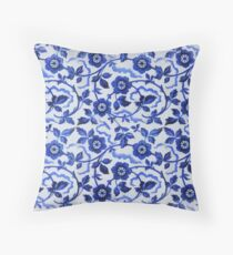 Azulejos blue floral pattern Throw Pillow