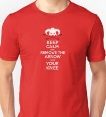 Keep calm and remove the arrow from your knee T-Shirt