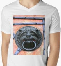 Middle Ages door handle, gate in Germany Men's V-Neck T-Shirt