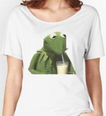 Kermit Drinks Milk Women's Relaxed Fit T-Shirt