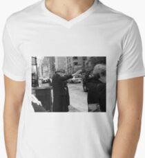 New York Street Photography 27 Mens V-Neck T-Shirt