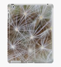 Nature showing off iPad Case/Skin