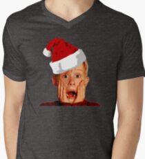 Home Alone Santa Hat T-Shirt: Macaulay Culkin Christmas Holiday T-Shirt