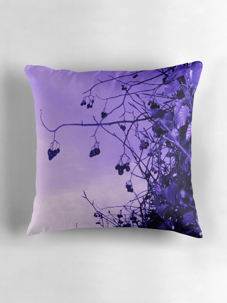 Throw Pillow Lilac :