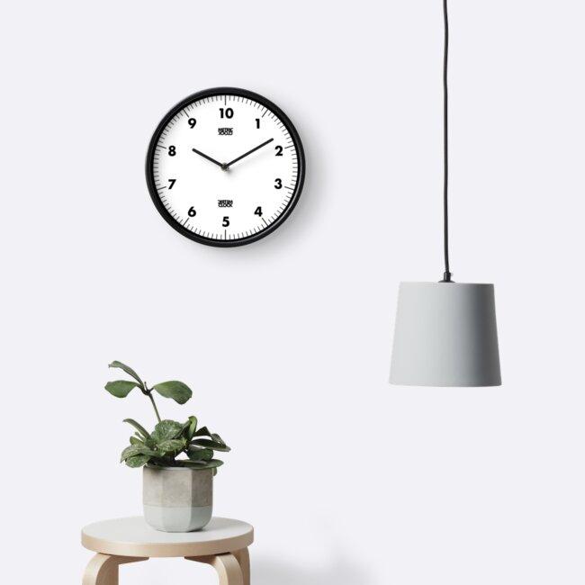Metrische Uhr (Schwarz) von RoufXis