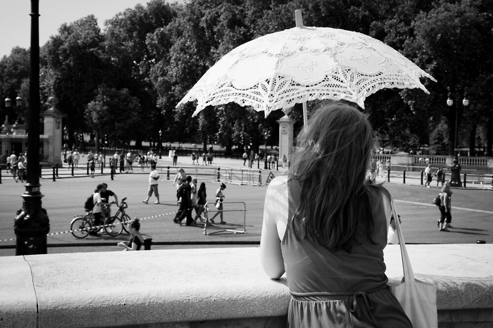 The Girl and the Parasol by Ellesscee