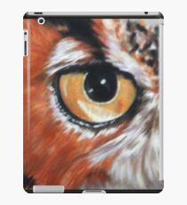 Eye-Catching Great Horned Owl iPad Case/Skin