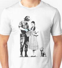 Banksy_Policeman T-Shirt