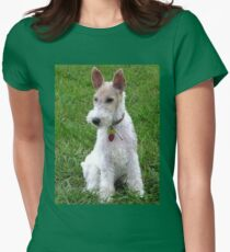 wire fox terrier sitting Women's Fitted T-Shirt