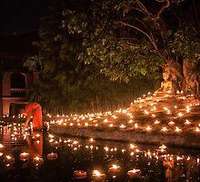 Makha Bucha in Thailand by Daniel Nahabedian