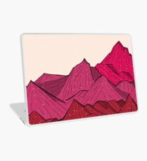 The falling snow and the mountains Laptop Skin