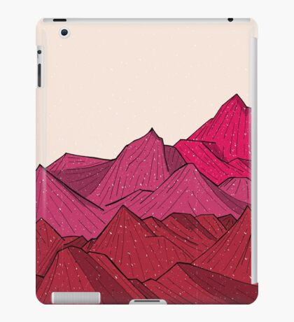 The falling snow and the mountains iPad Case/Skin
