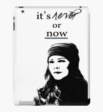 Lorelai Gilmore | It's never or now iPad Case/Skin