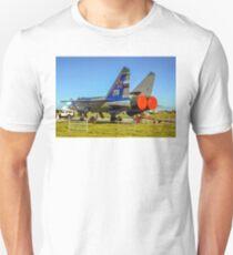 """Mikoyan MiG-31 """"Foxhound"""" white 374 T-Shirt"""