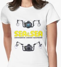 SEA / SEA UNDERWATER PHOTOGRAPHER Women's Fitted T-Shirt