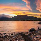 Huntsman Lake. 19-9-14. by Warren  Patten