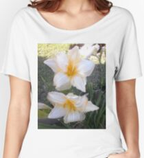 Two Lillies Women's Relaxed Fit T-Shirt