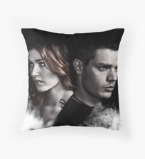 Clace Shadowhunters S2 Throw Pillow