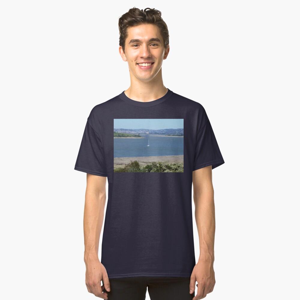 TAMAR  RIVER LAUNCESTON TASMANIA AUS* Classic T-Shirt Front