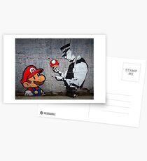 Banksy - Polizist und Marios Pilz Postkarten