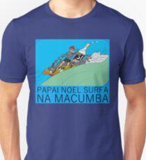 PAPAI NOEL SURFA NA MACUMBA T-Shirt