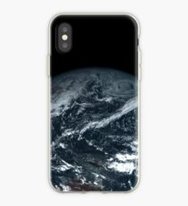 Echtfarbensatellitenfoto der Erde - Himawari 8 iPhone-Hülle & Cover