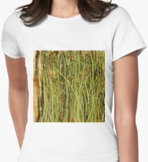 Qualia's Grass (Antique Yellow) Women's Fitted T-Shirt