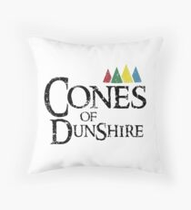 cones of dunshire Throw Pillow