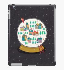 Christmas snow globe  iPad Case/Skin