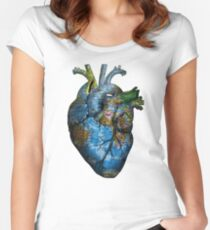 Corazón Errante Camiseta entallada de cuello redondo