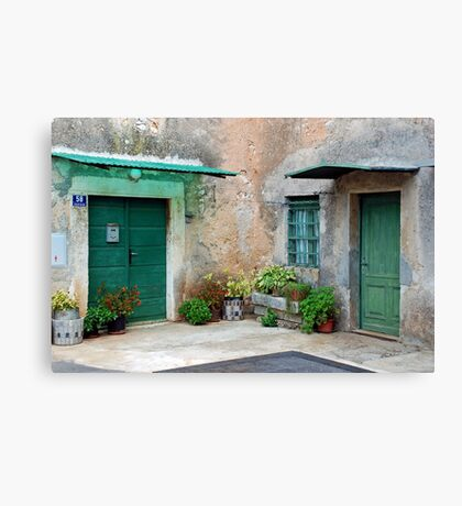 Old inner yard with a lot of atmosphere Canvas Print