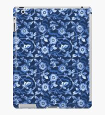 Blue floral pattern iPad Case/Skin