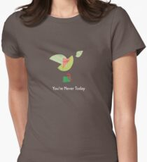 Emerald Bird Tailliertes T-Shirt für Frauen