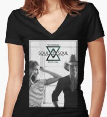 TIM MCGRAW & FAITH HILL SOUL 2 SOUL WORLD TOUR 2017 Women's Fitted V-Neck T-Shirt