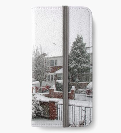 Falling Thick and Fast -  Winter Street Scene iPhone Flip-Case