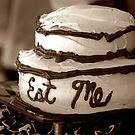 Alice's Eat Me Cake by Trish Mistric