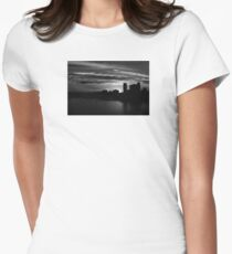 and yet another day closes Women's Fitted T-Shirt