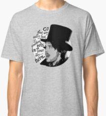 Go that way... Classic T-Shirt