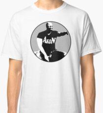 Akon evoiding ebola virus during his concert Classic T-Shirt