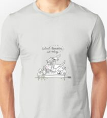 Collect moments, not things. / Cat & human doodle T-Shirt